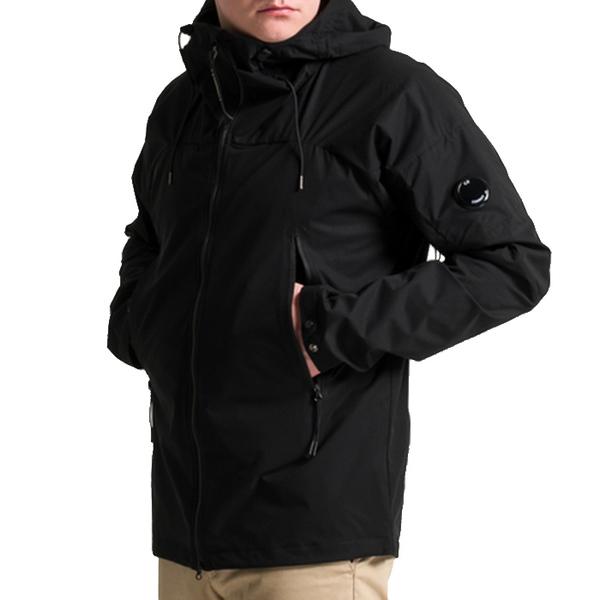 CP컴퍼니 21SS 남성 렌즈 후드 자켓 10CMOW012A 999